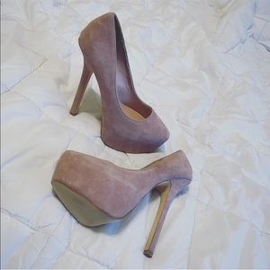 Gently used ShoeMint heels in blush nude